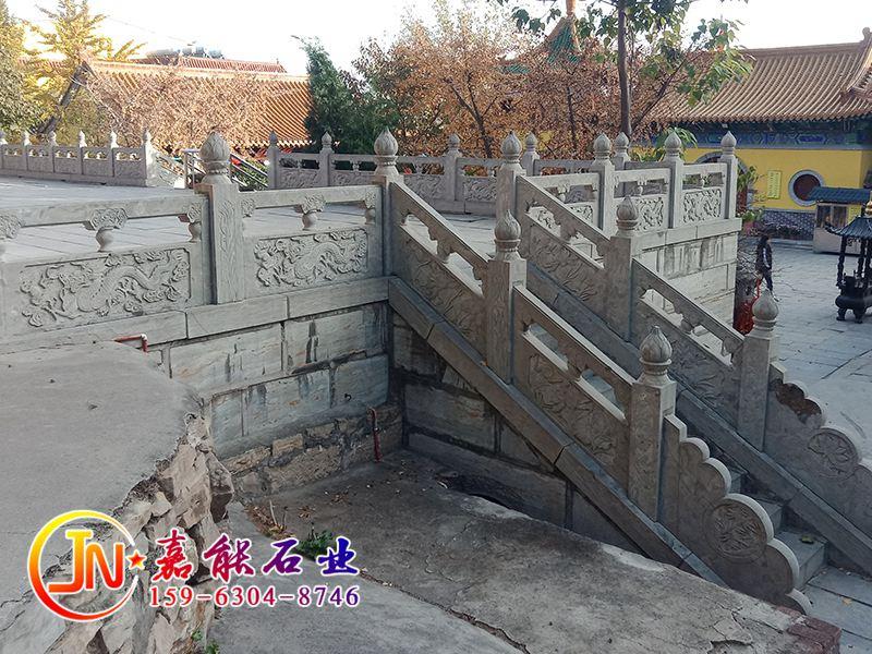 石栏杆批量选购要注意商家的专业性